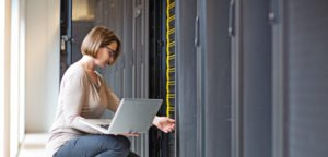 Laketec has the design and implementation expertise to ensure a smooth data center operation.